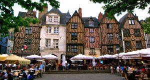 54326_1_tours-la-place-plumereau